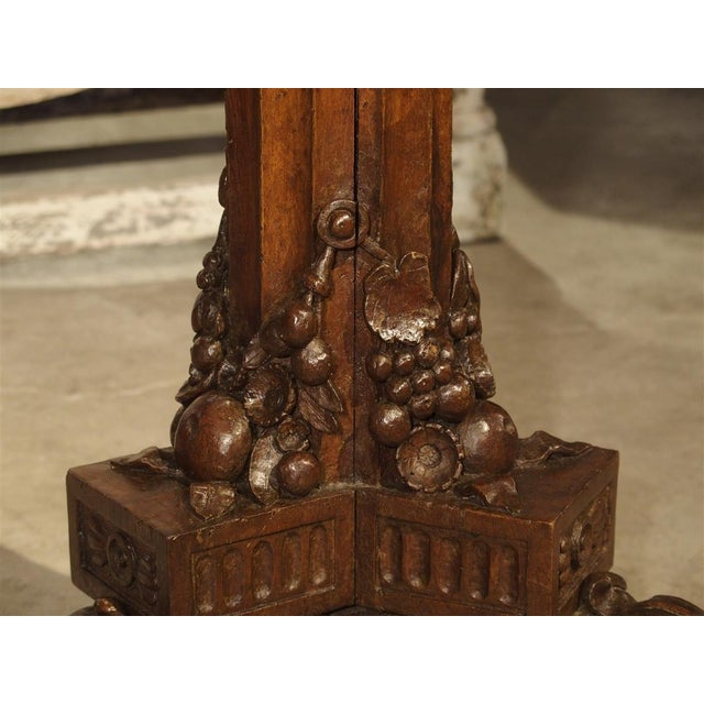 Antique Circular Genoese Carved Wood and Marble Table, Circa 1820 For Sale In Dallas - Image 6 of 13