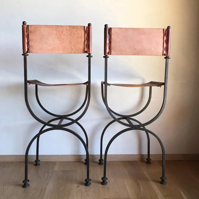 Rare Vintage Restored Hand Forged Solid Iron Campaign Safari Spanish Saddle Leather Rustic Neoclassical Bar Stools - a Pair For Sale In San Diego - Image 6 of 13