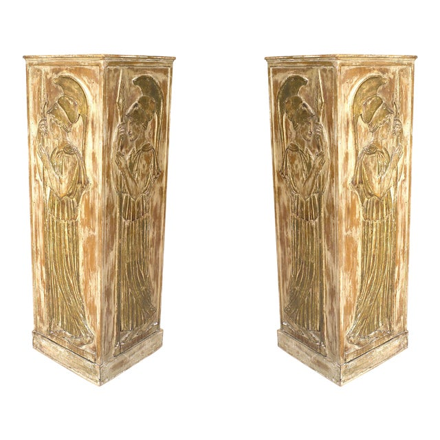 Large 1940s Italian Neoclassical Style Pedestals Attributed to Palladio - a Pair For Sale