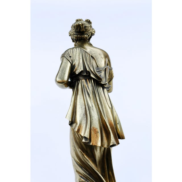 18th Century Neoclassical Bronze Doré Sculpture of a Woman For Sale In New York - Image 6 of 11