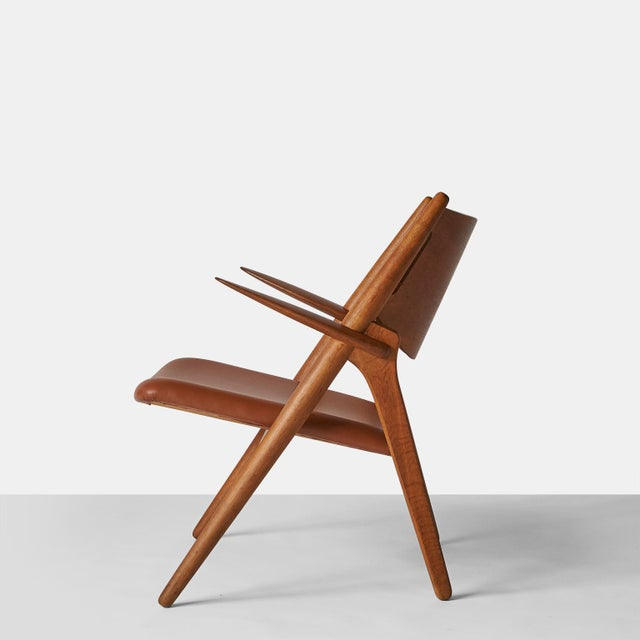 Carl Hansen Pair of Sawbuck Chairs, Model Ch-28 by Hans Wegner For Sale - Image 4 of 8
