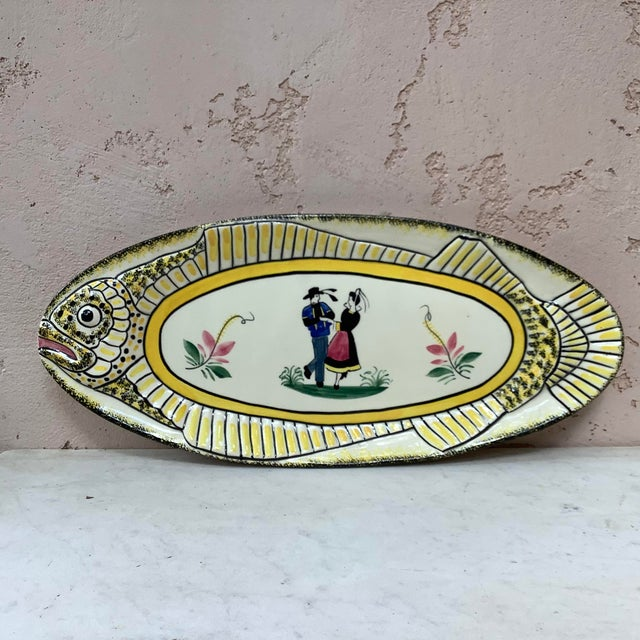 White 1940s French Faience Fish Platter Henriot Quimper For Sale - Image 8 of 8