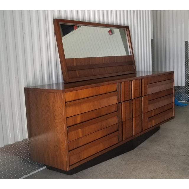 Brutalist 1970s Brutalist Lane Credenza/Long Chest of Drawers with Mirror For Sale - Image 3 of 13