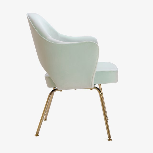 Saarinen Executive Arm Chairs in Mint Velvet, 24k Gold Edition - Set of 6 - Image 5 of 10