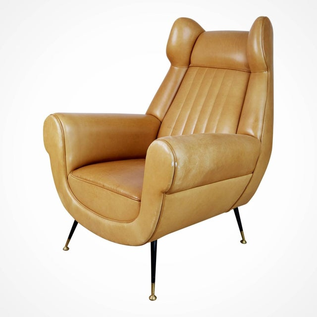 Italian 1960s Vintage Gigi Radice for Minotti Italian Leather Wingback Chairs- A Pair For Sale - Image 3 of 10