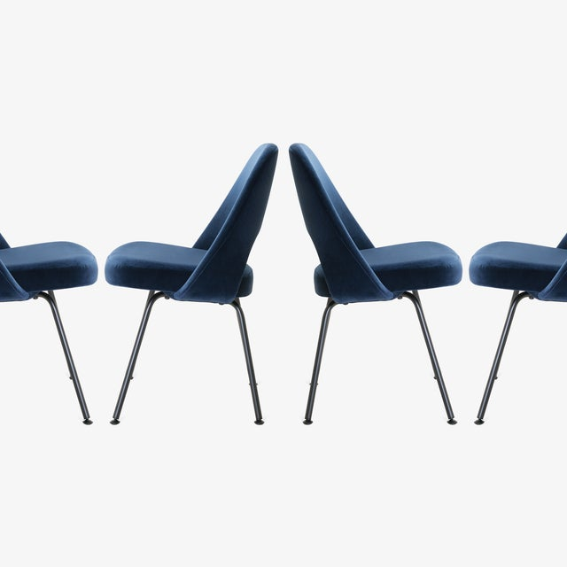 Blue Saarinen Executive Armless Chairs in Navy Velvet, Obsidian Matte - Set of 6 For Sale - Image 8 of 13