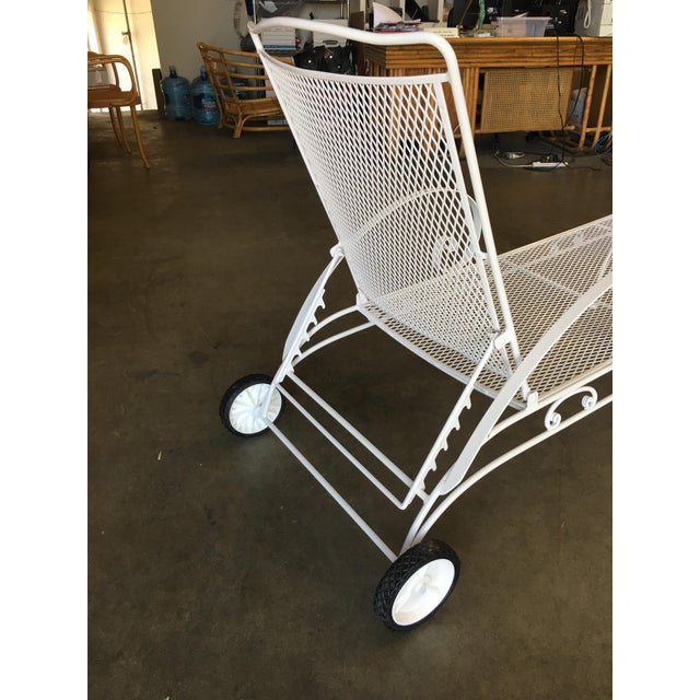 Iron Mesh Outdoor / Patio Chaise Lounge by Woodard For Sale In Los Angeles - Image 6 of 7