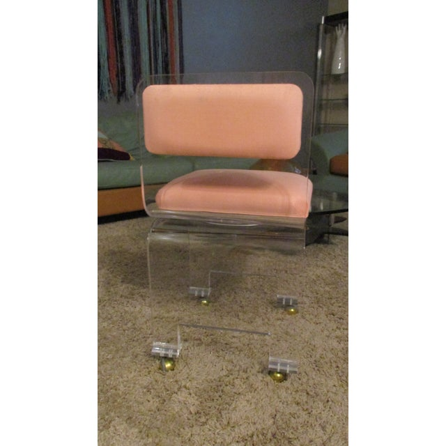 Late 20th Century Vintage Lucite Swivel Waterfall Vanity Stool For Sale - Image 9 of 13