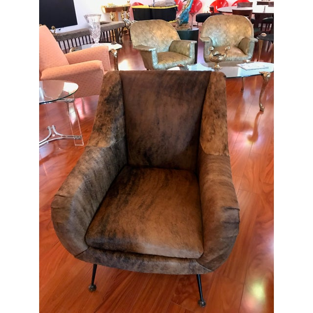 Italian Mid-Century Modern Club Chairs Covered in Cowhide - a Pair For Sale - Image 11 of 13