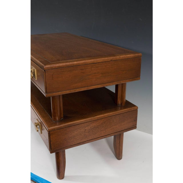 Metal 1970s Mastercraft Two-Tier Wooden Commode with Brass Pulls For Sale - Image 7 of 8