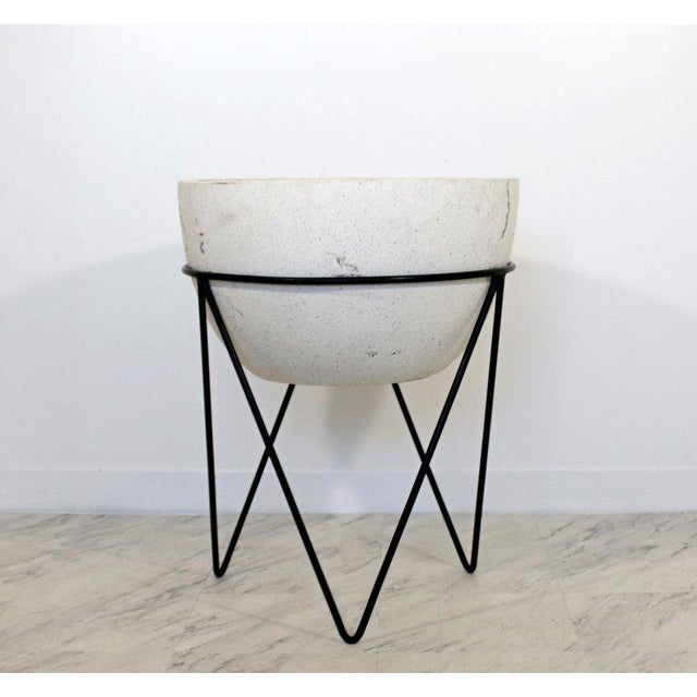 Contemporary 1970s Mid-Century Modern Ceramic Pottery Planter on Hairpin Tripod Iron Base For Sale - Image 3 of 6