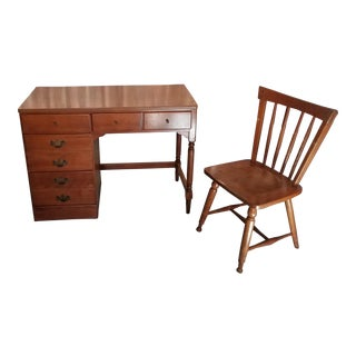 1960s Mid-Century Modern Ethan Allen Heirloom Student Desk and Chair - 2 Pieces For Sale