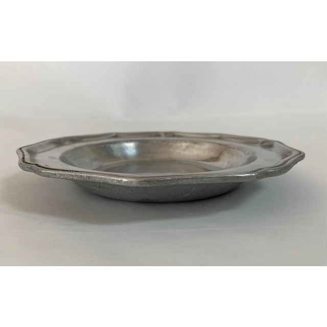 Queen Anne York Metalcrafters Queen Anne Colonial Pewter Soup Bowls - Set of 4 For Sale - Image 4 of 7