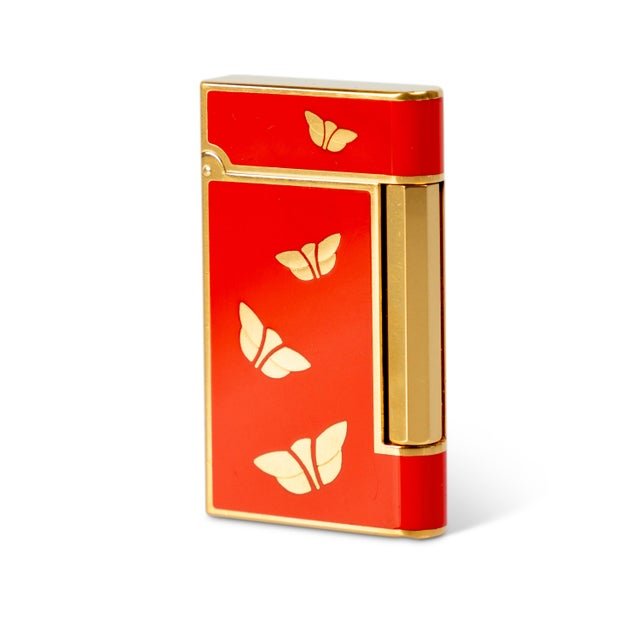 1970s 1970s Bulgari Chinoiserie Red Lacquer Gold Butterfly Lighter For Sale - Image 5 of 5