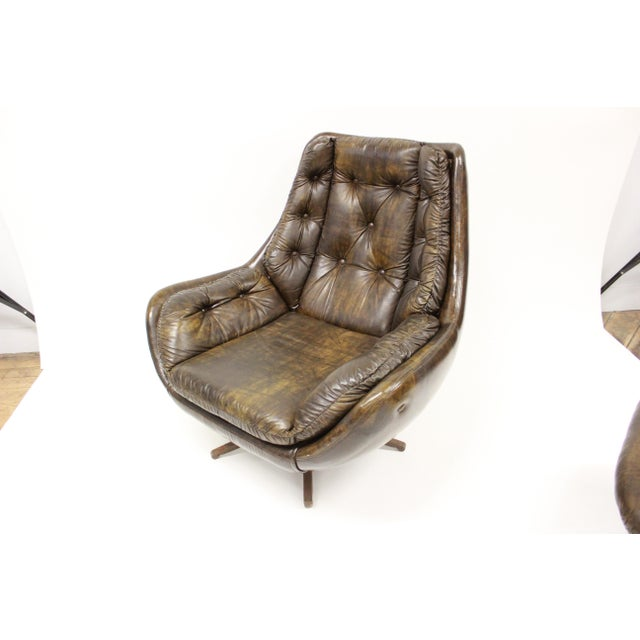 Mid Century Modern Carter Lounge Chair and Ottoman For Sale In Boston - Image 6 of 13