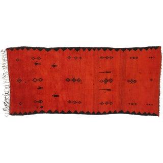 Vintage Red Beni Mrirt Carpet, Berber Moroccan Rug - 5'1 X 11'00 For Sale