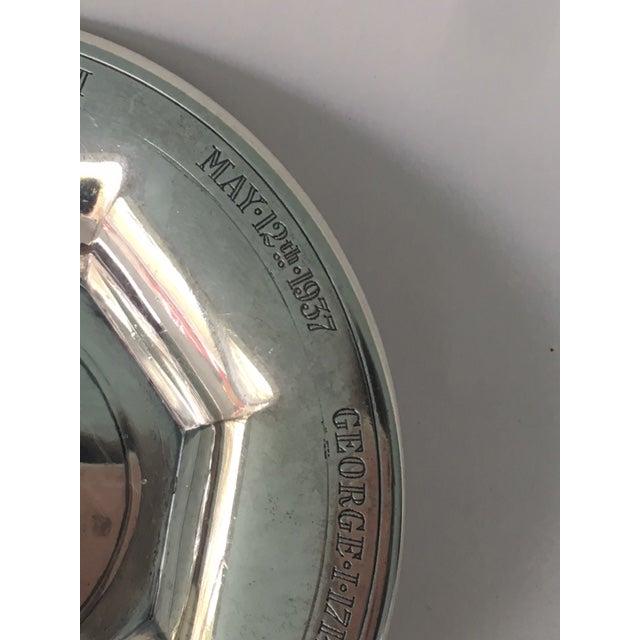 1930s George VI Silver Coronation Souvenir Ashtray For Sale - Image 5 of 7
