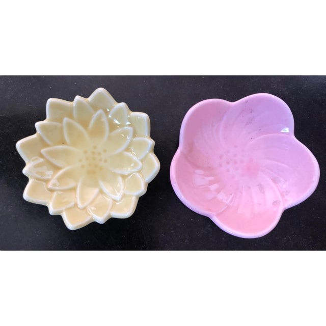 Japanese Arita Porcelain Ceramic Leaf & Petal Small Plates in Pastel Colors - Set of 10 For Sale In Los Angeles - Image 6 of 8