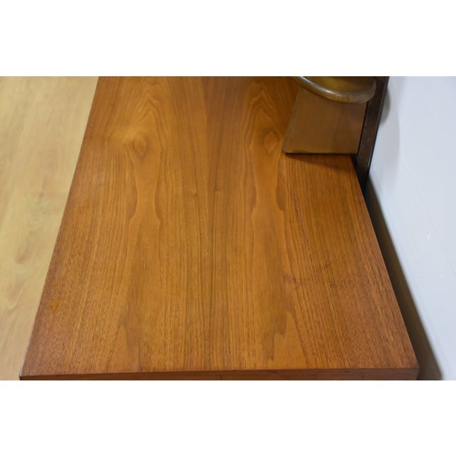 Ward Furniture Walnut Dresser & Mirror - Image 7 of 10