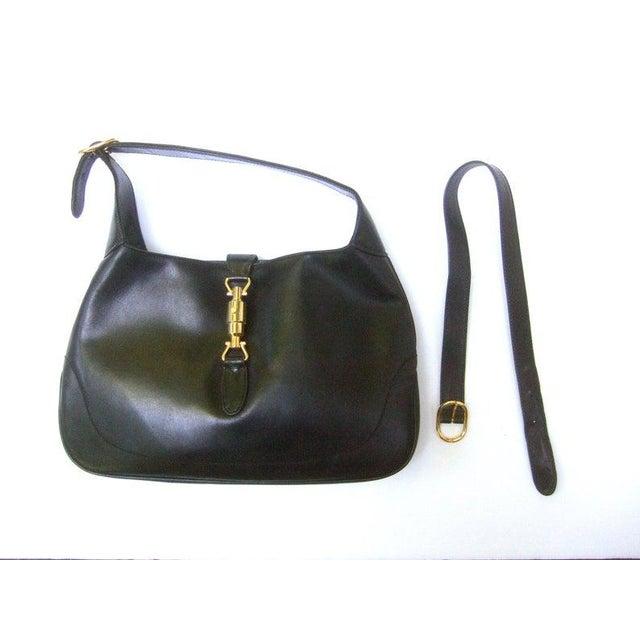 "Italian Gucci Iconic Ebony Leather Jackie ""O"" Versatile Handbag / Shoulder Bag C 1970s For Sale - Image 3 of 11"