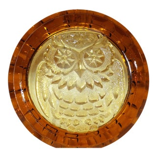 Vintage 1970's Blenko Glass Owl Ashtray in Wheat For Sale
