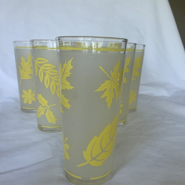 1960s Vintage Libbey Yellow Frosted Tumbler Glasses- Set of 6 For Sale - Image 5 of 6