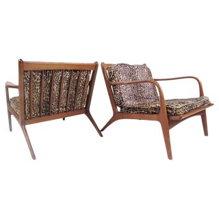 Pair of Mid-Century Modern Walnut Lounge Chairs in the Manner of Folke Ohlsson For Sale