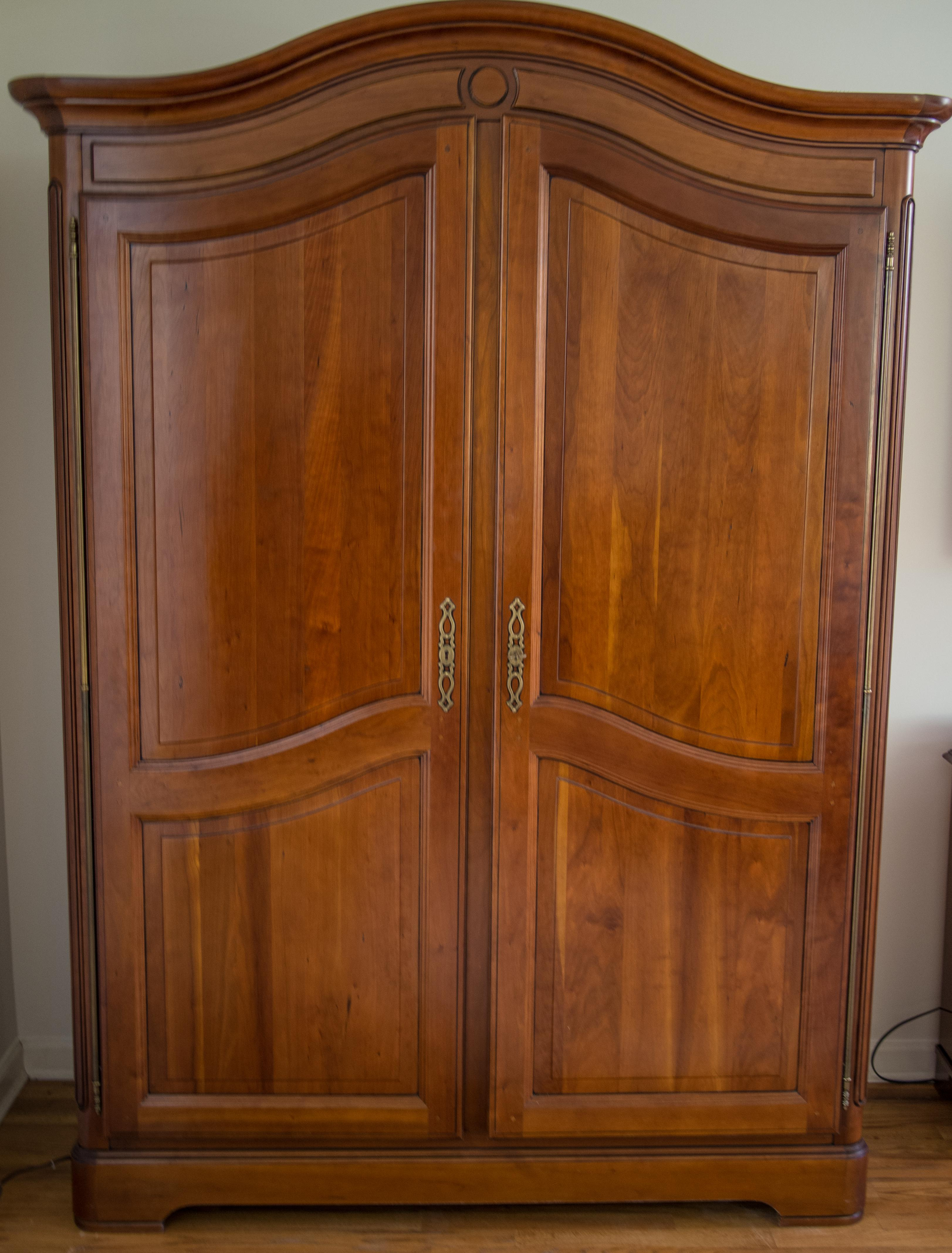 Transitional Grange Louis Philippe Armoire   Image 2 Of 4