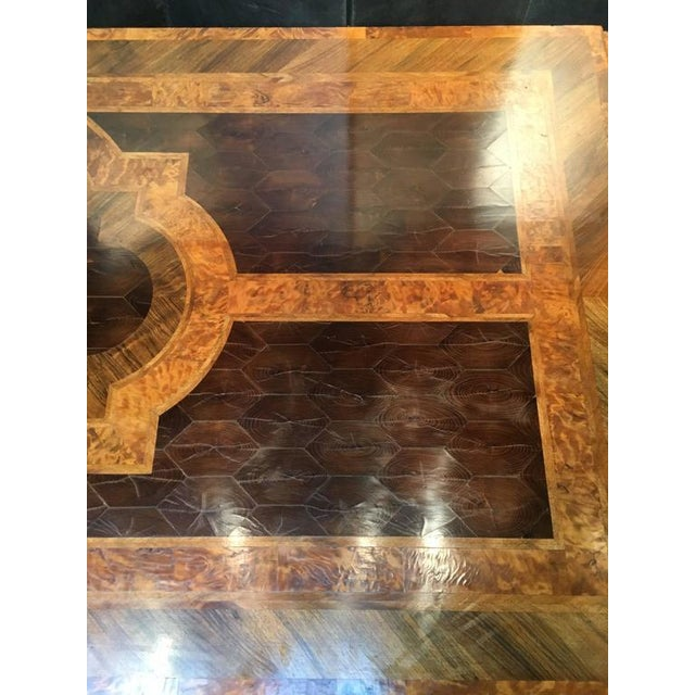 English George III Marquetry Extendable Dining Table For Sale In Austin - Image 6 of 10