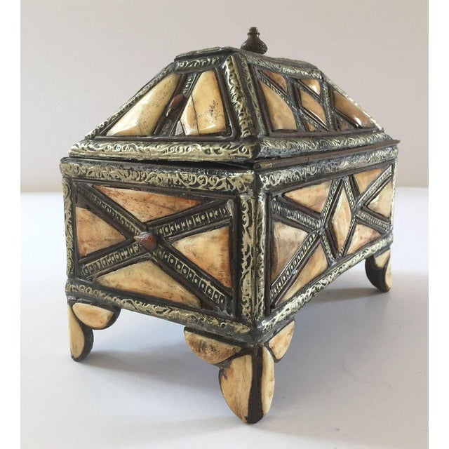 Moroccan Decorative Jewelry Box Inlaid With Bone and Silvered Brass For Sale - Image 13 of 13