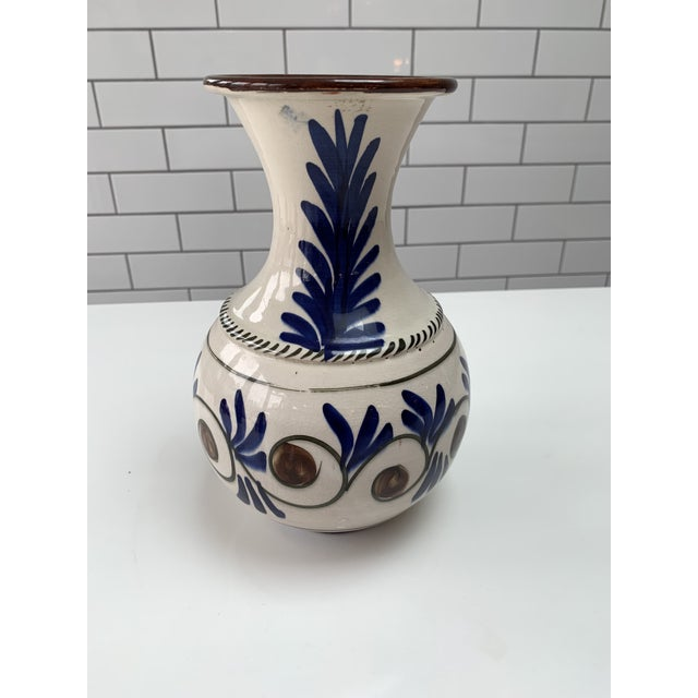 """This is a stunning vintage Mid Century Modern hand painted vase. 6""""W x 10"""" L x 5""""D"""