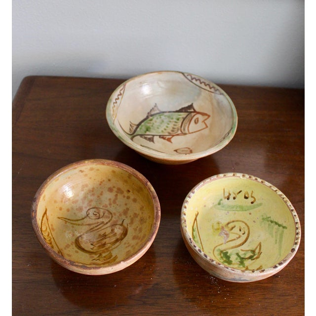 Boho Chic Mexican Art Tlaquepaque Clay Hand Painted Pottery Bowls - Set of 3 For Sale - Image 3 of 12