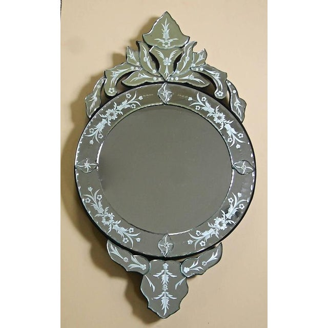 Italian 1960s Venetian Etched Glass Circular Wall Mirror For Sale - Image 3 of 11