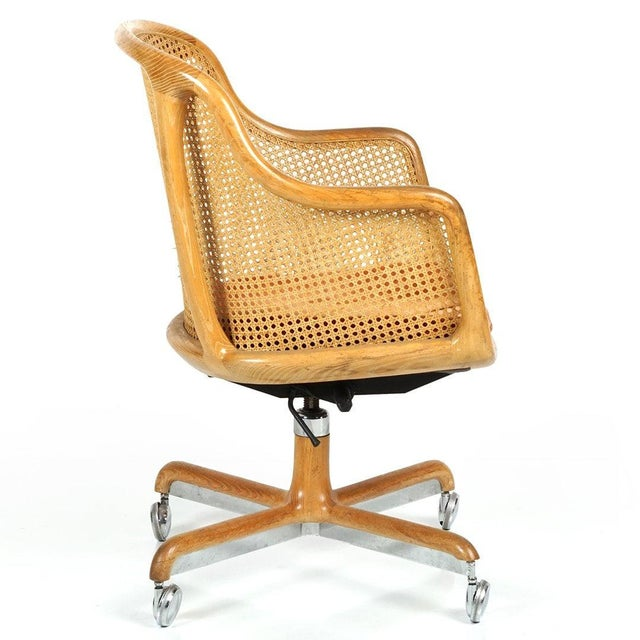 Mid-Century Modern Pair of Ward Bennett Cane Swivel Chair For Sale - Image 3 of 6