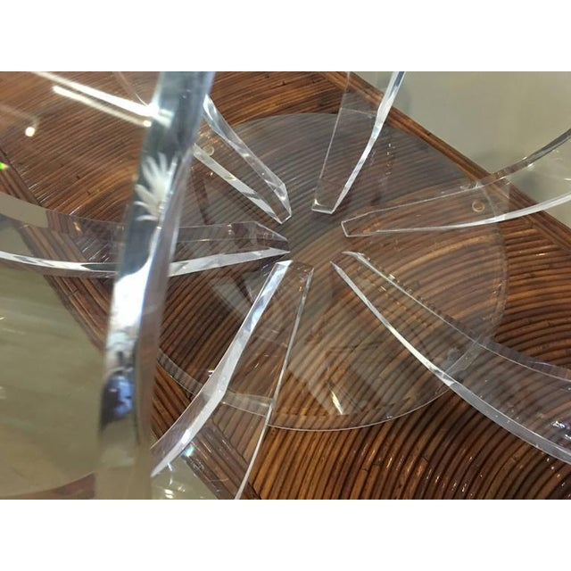 Hollywood Regency Round Lucite Spiral Circular Hollywood Regency Coffee Table For Sale - Image 3 of 9