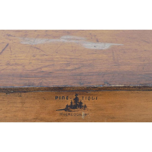 1950s Vintage Pine Tique 3-Drawer Bachelors Chest For Sale - Image 9 of 11