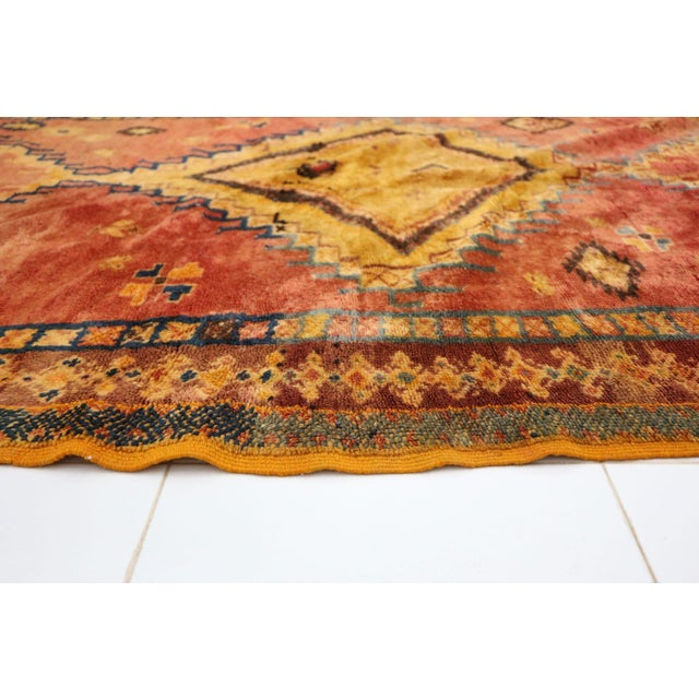 """Taznakht Moroccan Rug, 5'1"""" X 8'2"""" Feet For Sale - Image 4 of 6"""
