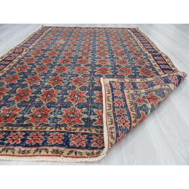 Vintage Decorative Turkish Rug - 4′8″ × 6′8″ For Sale In Los Angeles - Image 6 of 6