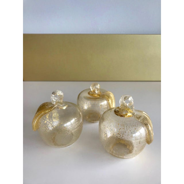 Figurative Set of Three Seguso Murano Glass Apples With Gold Flecks For Sale - Image 3 of 11