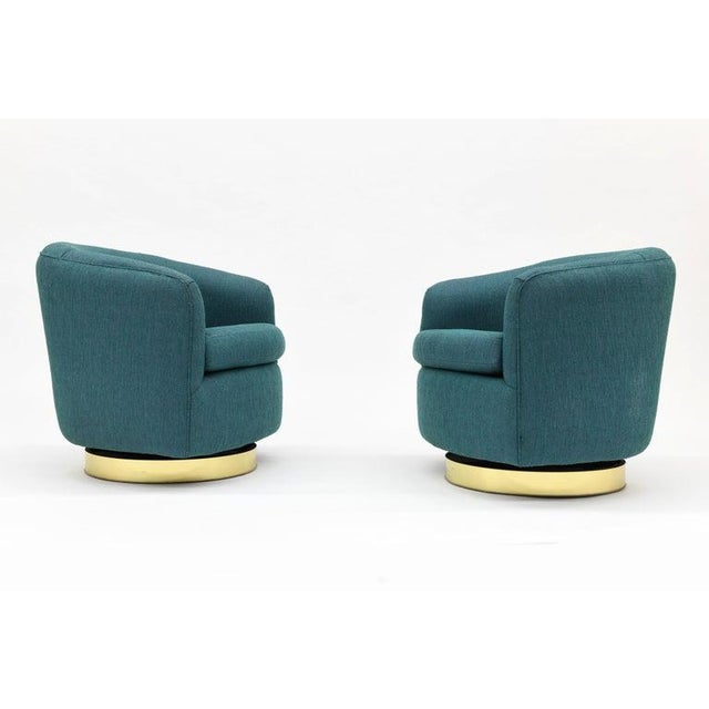 Mid-Century Modern 1980s Vintage Thayer Coggin Swivel Tilt Barrel Lounge Chairs by Milo Baughman- A Pair For Sale - Image 3 of 11