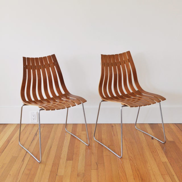 """1960s Vintage Hans Brattrud for Hove Mobler Scandia """"Junior"""" Chairs- A Pair For Sale In Los Angeles - Image 6 of 6"""