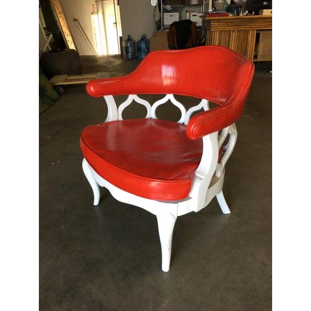 Mid-Century Modern Barrel Back Hollywood Regency Spiral Carved Chair by Dorothy Draper For Sale - Image 3 of 9