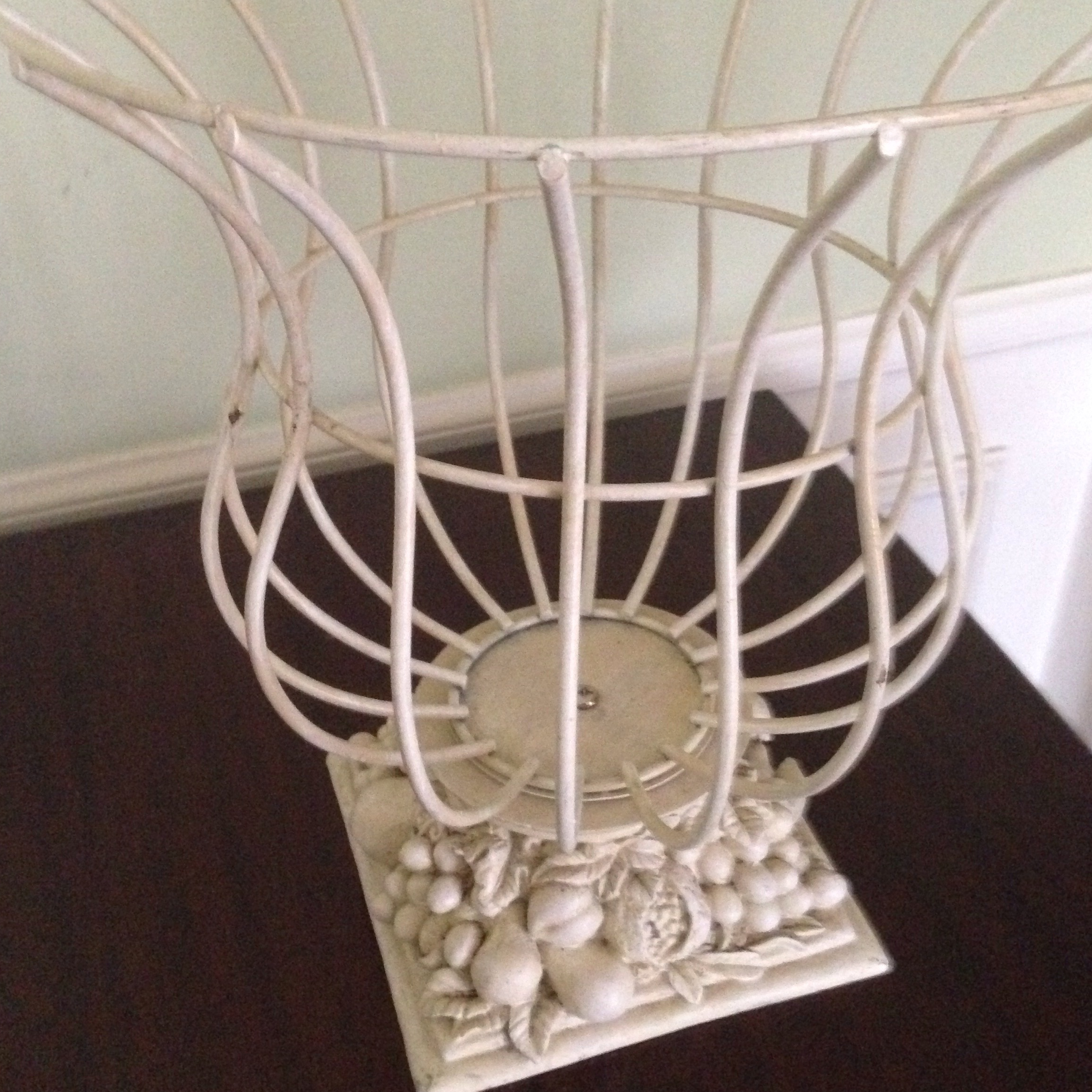 Vintage French Style Wire Garden Urn Planter For Sale   Image 11 Of 11