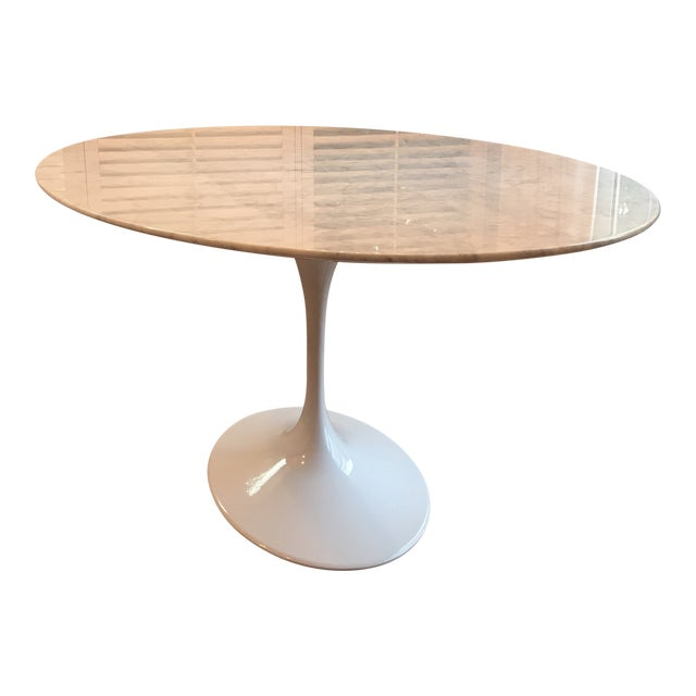 Mid-Century Modern France and Son Tulip Oval Dining Table For Sale