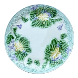 1900s French Provincial Majolica Violets Ceramic Plate For Sale