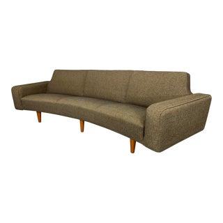 Model 450 Banana Curved Sofa by Illum Wikkelsø for Aarhus Polstrermøbelfabrik For Sale