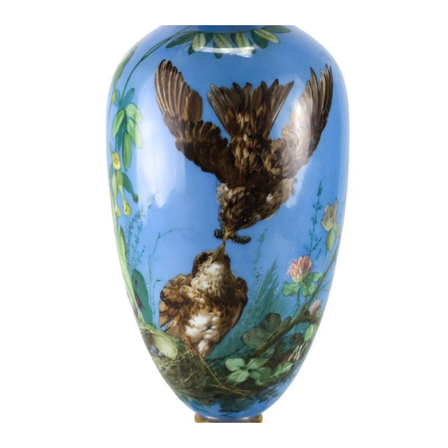 French Opaline Glass Vase Hand Painted Blue With Sparrows, Circa 1900 - Image 3 of 5