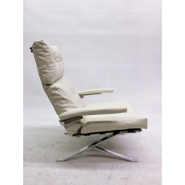 Modern Olivier Mourgue for Airborne Armchair For Sale - Image 3 of 8