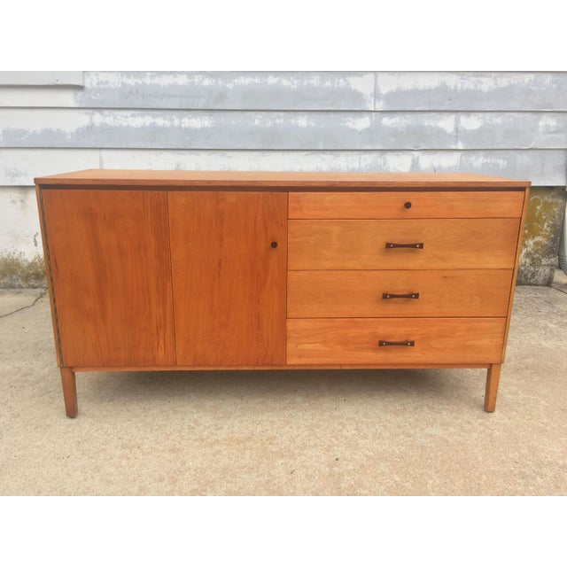 Brown Mid-Century Modern Paul McCobb Winchendon Perimeter Group Bow Tie Pull Cabinet For Sale - Image 8 of 8