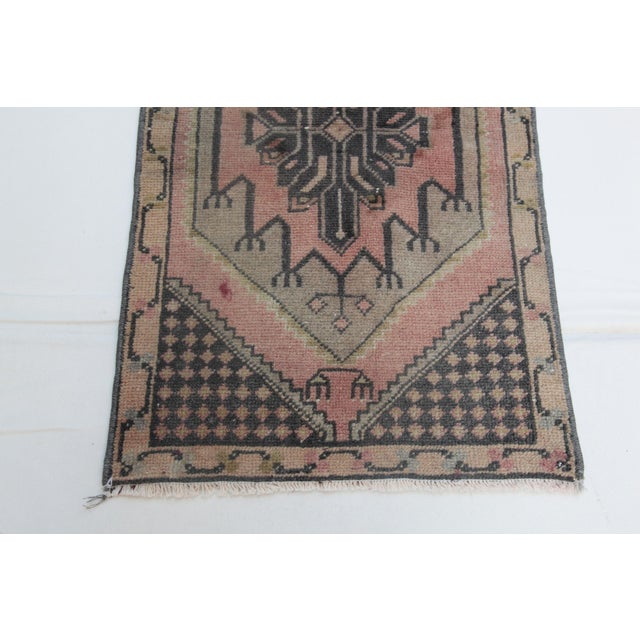 1960s Vintage Turkish Handmade Rug - 1′7″ × 2′9″ For Sale In Baltimore - Image 6 of 11
